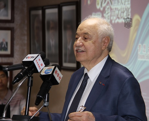"""HE Dr. Talal Abu-Ghazaleh and the Chinese Ambassador to Jordan, HE Mr. Pan Weifang Patronize the 8th """"Great Wall"""" Language Competition"""