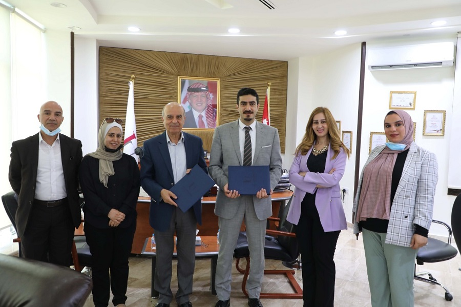 To serve university students and local community  'Abu-Ghazaleh Knowledge Center' and Isra University Renew Cooperation