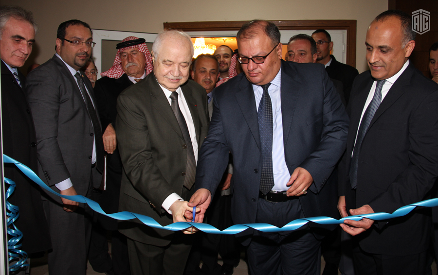 HE. Dr. Talal Abu-Ghazaleh inaugurates a knowledge station at Fuhais Youth Club which was established by Talal Abu-Ghazaleh Organization in the presence of the club director Ayman Samawi