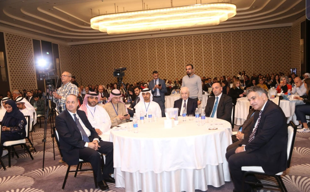 Abu-Ghazaleh Calls for Clearer Regulations for Professionalism in Social Media