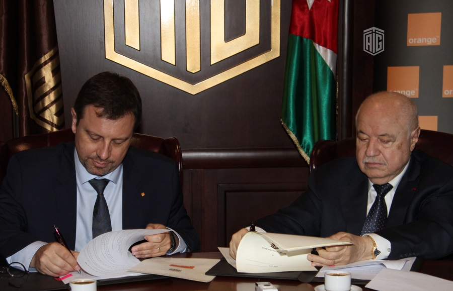 """""""Orange Jordan"""" signs partnership agreement with Talal Abu-Ghazaleh Organization to introduce new tax-free shopping services in its showrooms"""