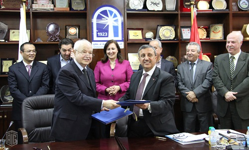 HE Dr. Talal Abu-Ghazaleh and Chairman of Amman Chamber of Commerce (ACC) HE Mr. Issa Haider Murad sign cooperation agreement aims to teach the Chinese language to traders