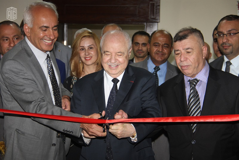 HE Dr. Talal Abu-Ghazaleh establishes a Knowledge Station in the Consultation Center at Isra University to provide the best training programs for students in ICT.