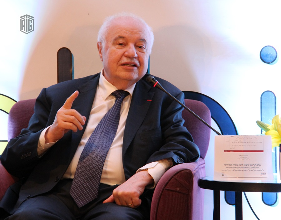 "HE Dr. Talal Abu-Ghazaleh patronizes a panel discussion entitled ""The Impact of Institutional Innovation and Creativity on the National Economy"""