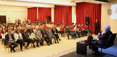 HE Dr. Talal Abu-Ghazaleh meets students of the Baptist School