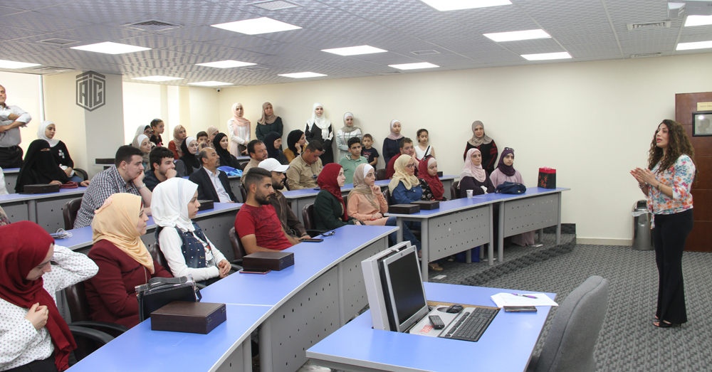Talal Abu-Ghazaleh University College for Innovation Receives Top Achievers in Tawjihi