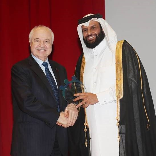 HE Dr. Talal Abu-Ghazaleh honored at the International Humanitarian Forum on Humanitarian Funds 2017