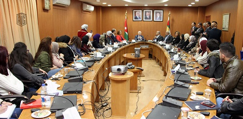 HE Dr. Talal Abu-Ghazaleh meets students at the Center for Women